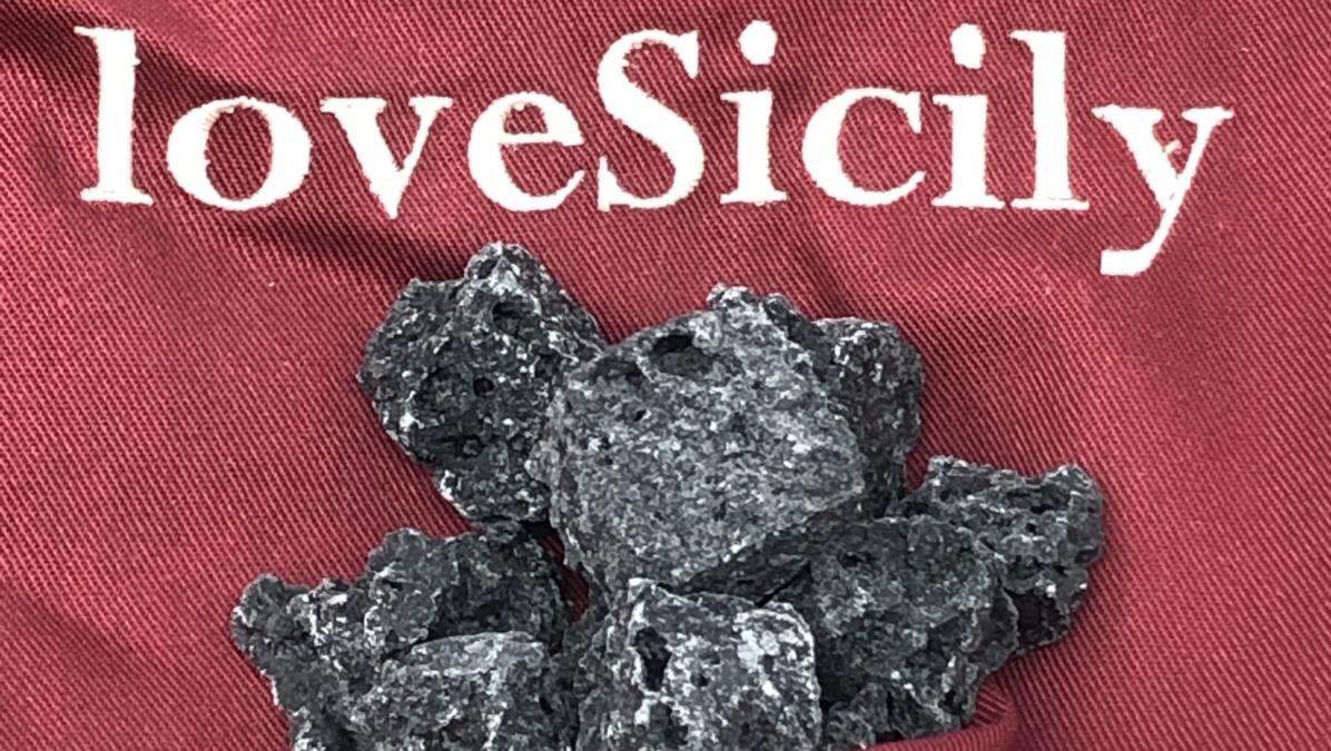 Carbone di zucchero per Epifania